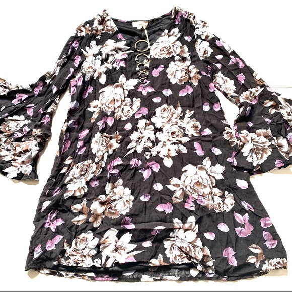 entro Dresses & Skirts - NWT Entro black purple floral bell dress small